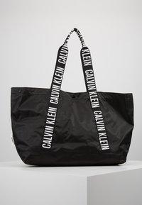 Calvin Klein Swimwear - INTENSE POWER BEACH TOTE - Kabelka - black - 6