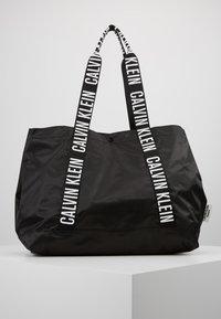 Calvin Klein Swimwear - INTENSE POWER BEACH TOTE - Kabelka - black - 3