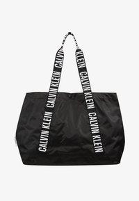 Calvin Klein Swimwear - INTENSE POWER BEACH TOTE - Kabelka - black - 1