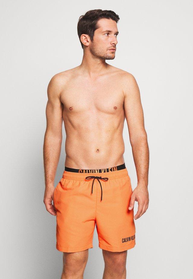 MEDIUM DOUBLE - Zwemshorts - orange