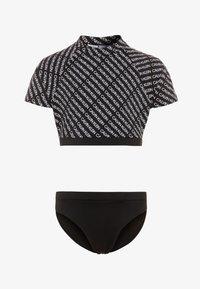 Calvin Klein Swimwear - RASHGUARD LOGO - Rash vest - black - 0