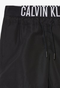 Calvin Klein Swimwear - MEDIUM WAISTBAND DRAWSTRING INTENSE POWER - Uimashortsit - black - 2