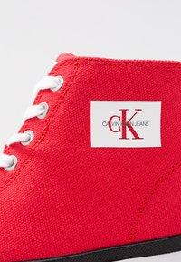 Calvin Klein Jeans - ISIDORA - Baskets montantes - tomato - 2