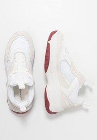 Calvin Klein Jeans - MAYA - Sneakers laag - white - 3