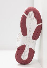 Calvin Klein Jeans - MAYA - Matalavartiset tennarit - white - 6