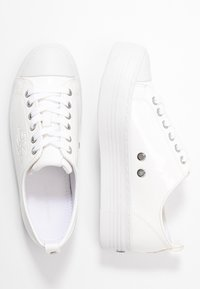 Calvin Klein Jeans - ZOLAH - Matalavartiset tennarit - white - 3