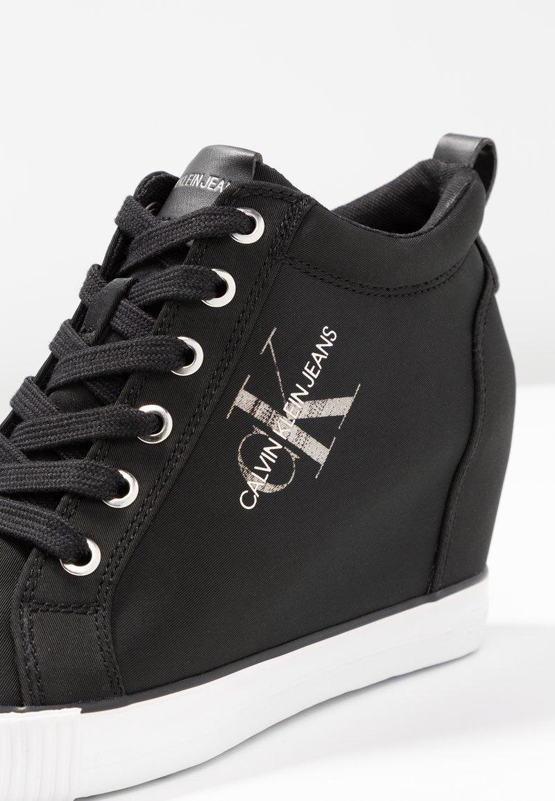 RitzyBaskets Calvin Basses Jeans Klein Black n0w8yvmNO