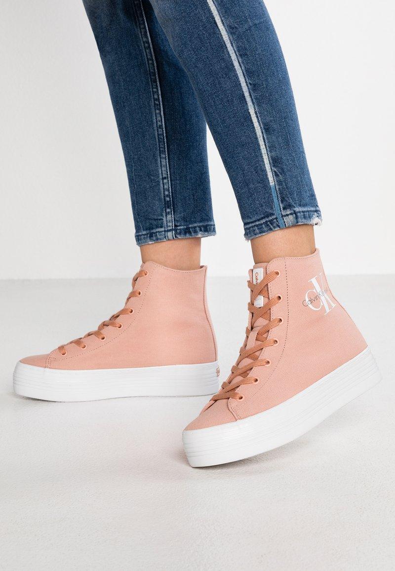 Calvin Klein Jeans - ZABRINA - Sneaker high - dusk