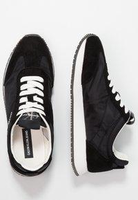 Calvin Klein Jeans - JILL - Baskets basses - black - 3