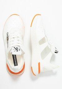 Calvin Klein Jeans - ALEXIA - Joggesko - bright white - 3
