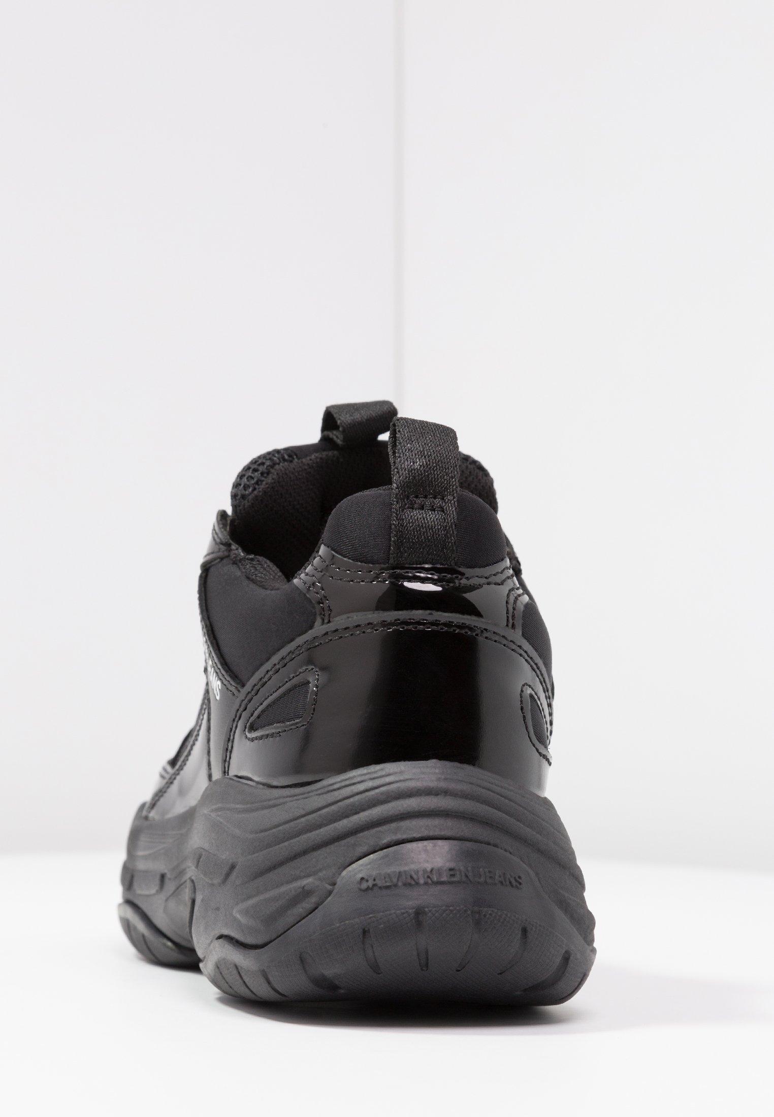 MAYA Sneakers laag black