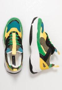 Calvin Klein Jeans - MAYA - Trainers - black/green/lemon - 3
