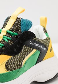 Calvin Klein Jeans - MAYA - Trainers - black/green/lemon - 2