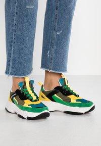 Calvin Klein Jeans - MAYA - Trainers - black/green/lemon - 0
