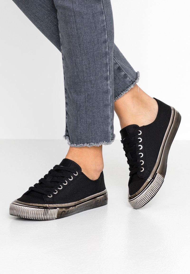Calvin Klein Jeans - DESTINEE - Trainers - black