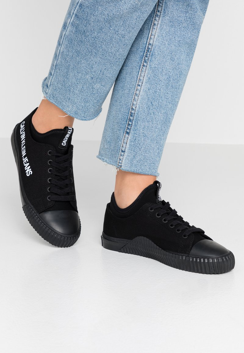 Calvin Klein Jeans - IANTHA - Sneakers laag - black
