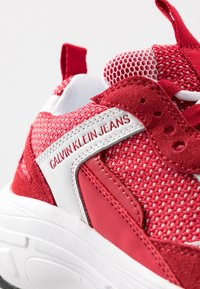 Calvin Klein Jeans - MAYA - Zapatillas - white/red - 2