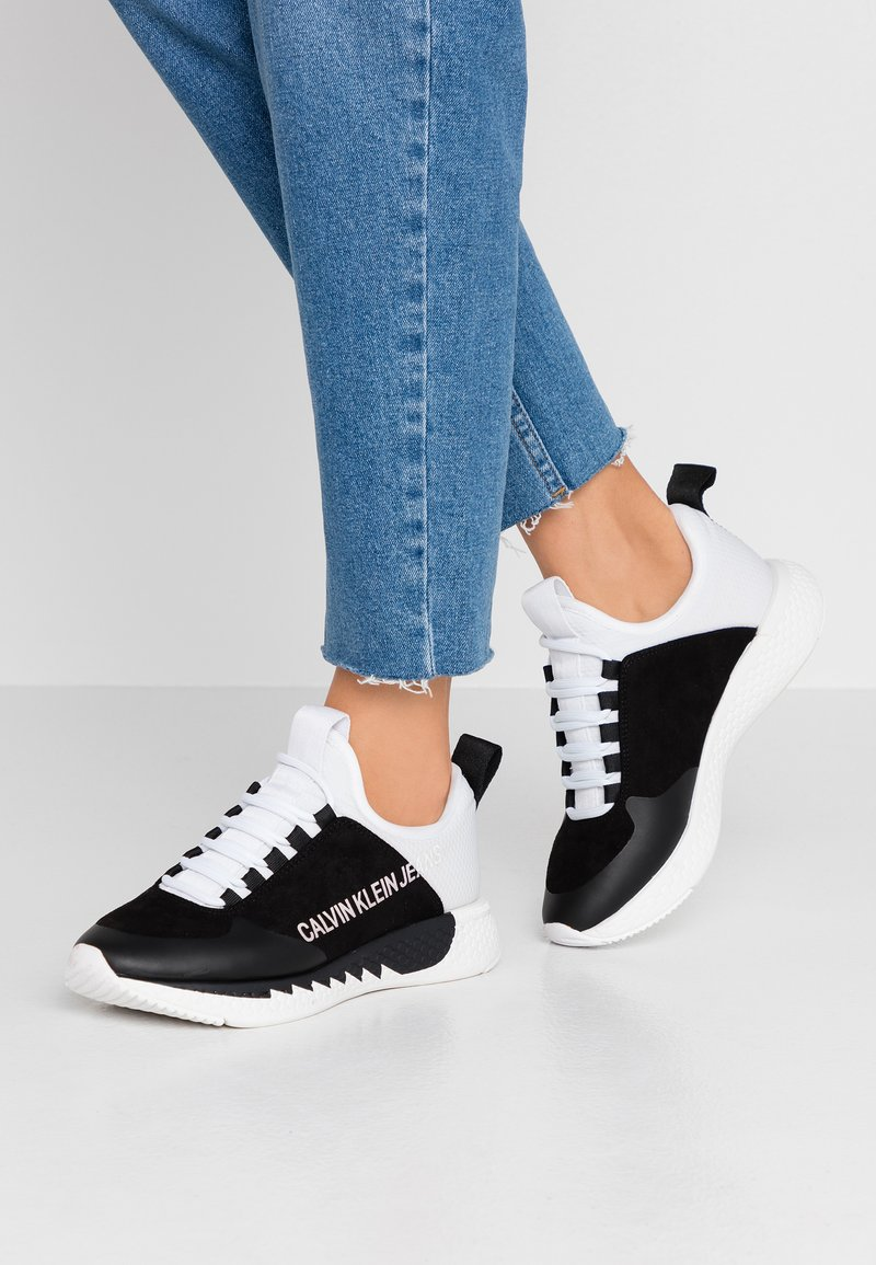 Calvin Klein Jeans - ADAMINA - Sneaker low - black/white