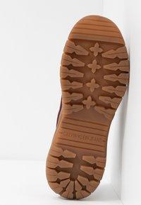 Calvin Klein Jeans - TISHA - Sneakers laag - beet red - 6