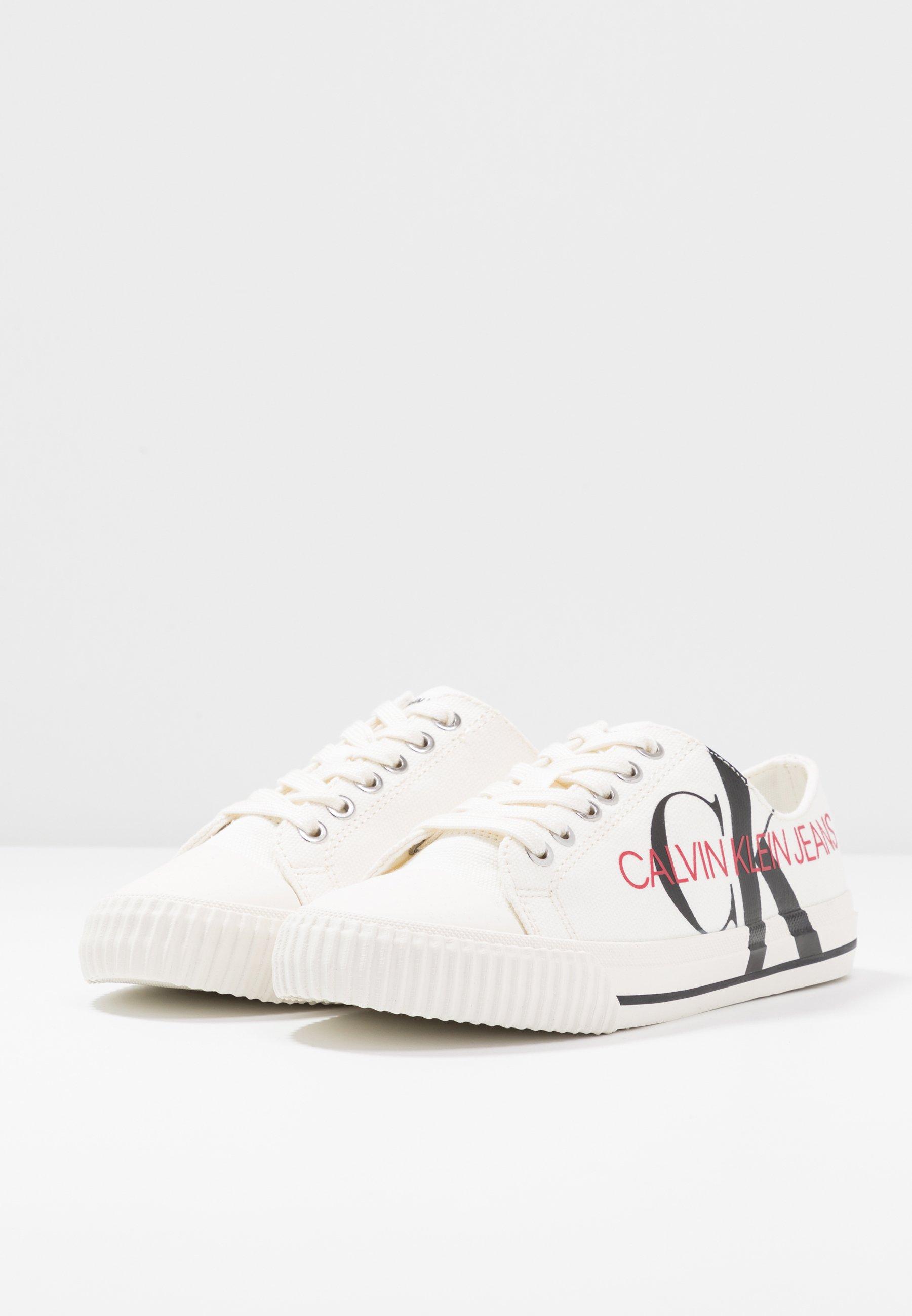 Calvin Klein Jeans DEMIANNE - Baskets basses - bright white/black