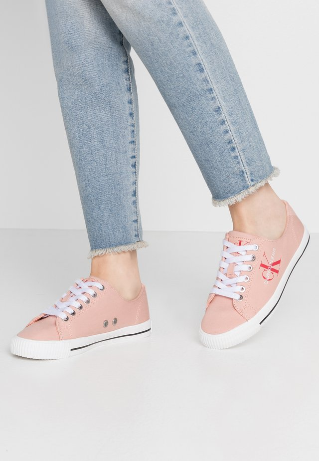 DIAMANTE - Sneakers - light peony