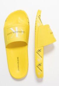 Calvin Klein Jeans - CATILYN - Sandály do bazénu - blazing yellow - 3