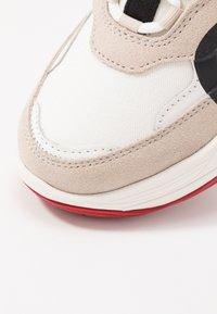 Calvin Klein Jeans - MARLEEN - Sneakers laag - bright white/stone - 2