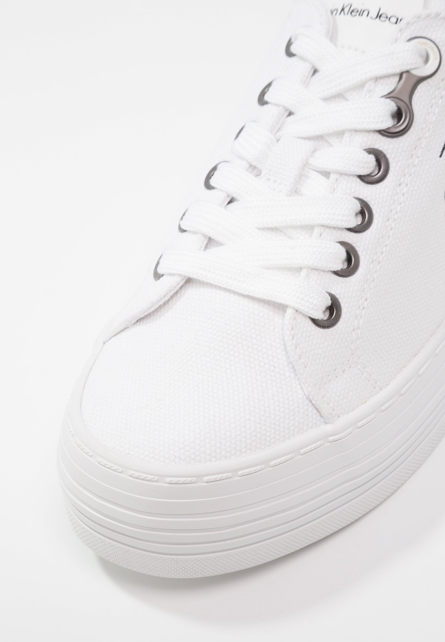 Calvin Klein Jeans ZOLAH - Sneakersy niskie - white