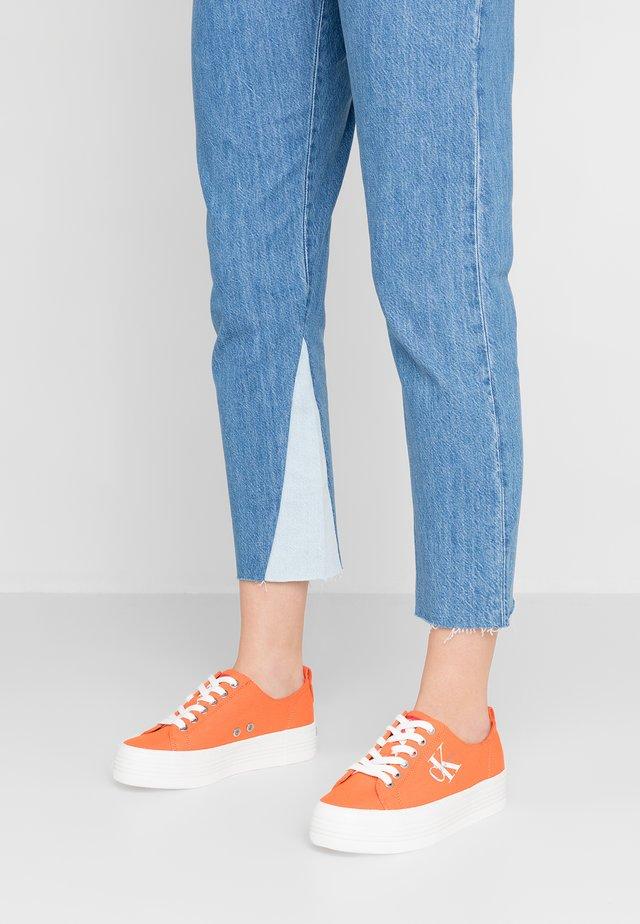 ZOLAH - Sneakersy niskie - orangeade
