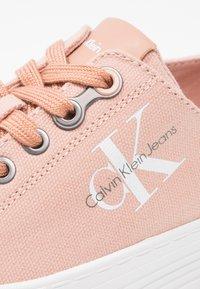 Calvin Klein Jeans - ZOLAH - Trainers - dusk - 6
