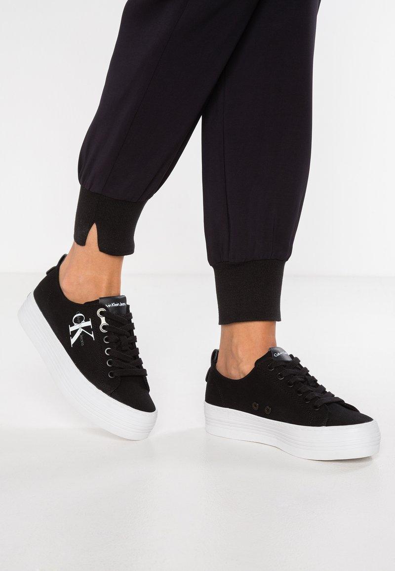 Calvin Klein Jeans - ZOLAH - Sneakersy niskie - black