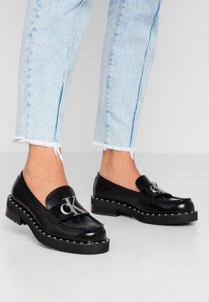 NORMINA - Nazouvací boty - black