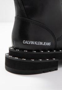 Calvin Klein Jeans - NANNIE - Snørestøvletter - black - 2