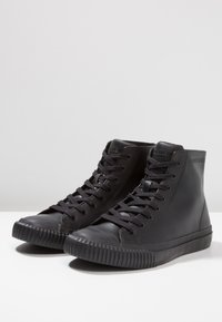 Calvin Klein Jeans - ICARO - Zapatillas altas - black - 2