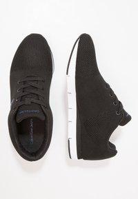 Calvin Klein Jeans - JADO - Matalavartiset tennarit - black - 1
