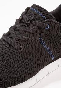 Calvin Klein Jeans - JADO - Matalavartiset tennarit - black - 5