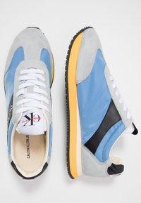Calvin Klein Jeans - JERROLD - Sneakers - multicolor/silver lake blue - 1