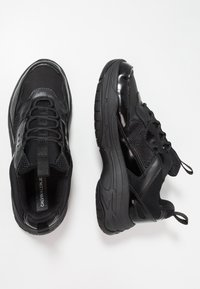 Calvin Klein Jeans - MARVIN - Sneakers - black - 1