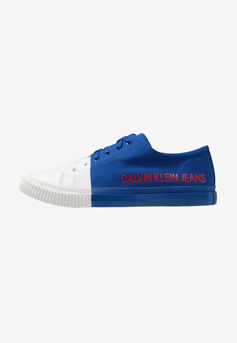 Calvin Klein Jeans - ISADOR - Sneaker low - nautical blue/bright white