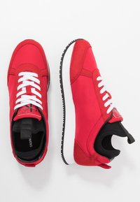 Calvin Klein Jeans - JEMMY - Baskets basses - racing red - 1