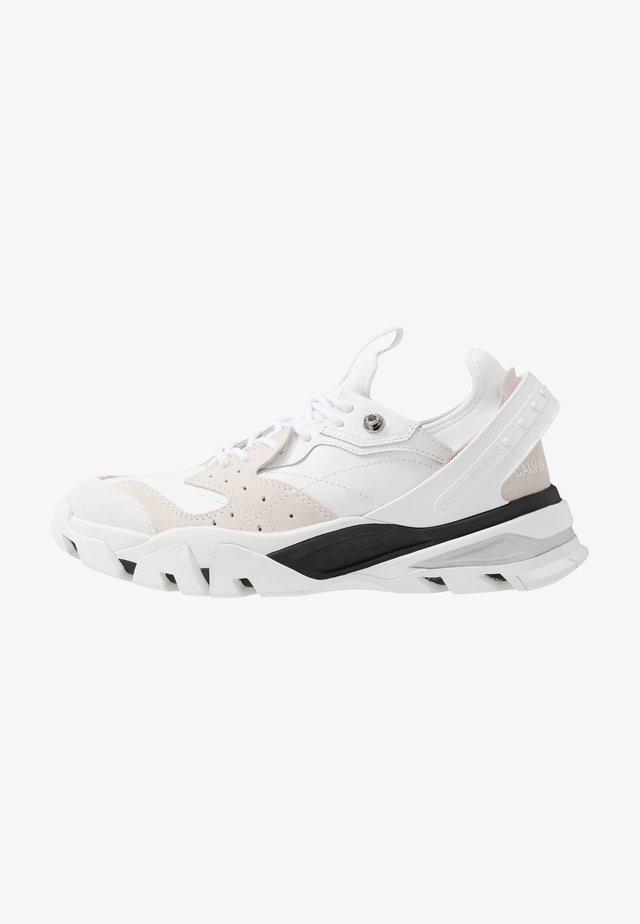 CALADOR - Sneakersy niskie - white
