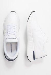 Calvin Klein Jeans - ADAMIR - Sneakers - white/navy - 1