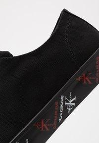 Calvin Klein Jeans - ANTAL - Trainers - black - 5