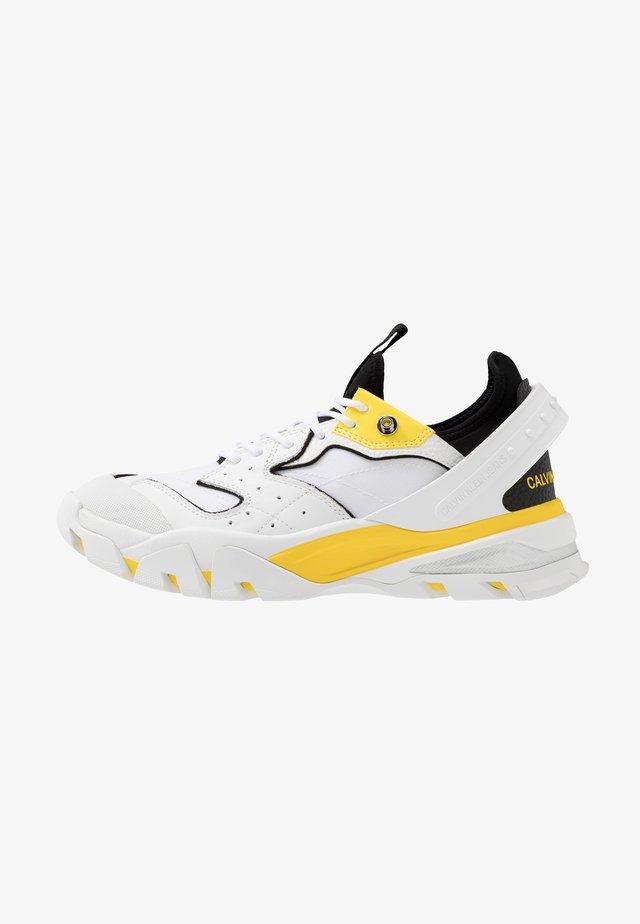 CALADOR - Sneakersy niskie - white/blazing yellow/black