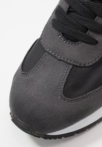 Calvin Klein Jeans - JESTER - Sneakers - black/gray - 5