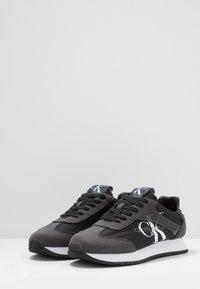 Calvin Klein Jeans - JESTER - Tenisky - black/gray - 2
