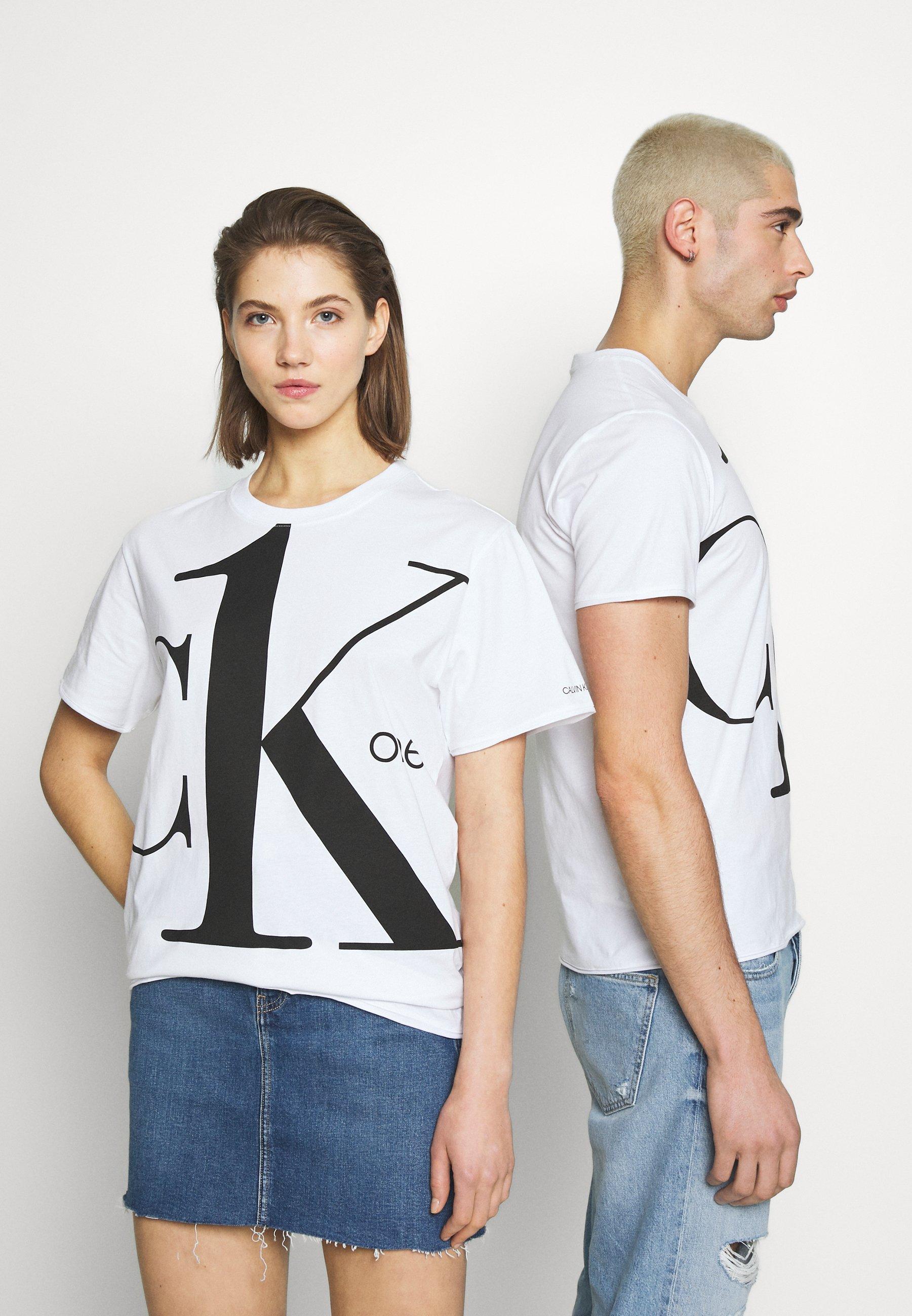 Calvin Klein Jeans CK ONE BIG LOGO REGULAR  TEE - T-shirts med print - bright white