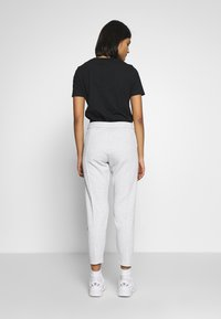 Calvin Klein Jeans - INSTITUTIONAL PANT - Tracksuit bottoms - light grey heather - 3