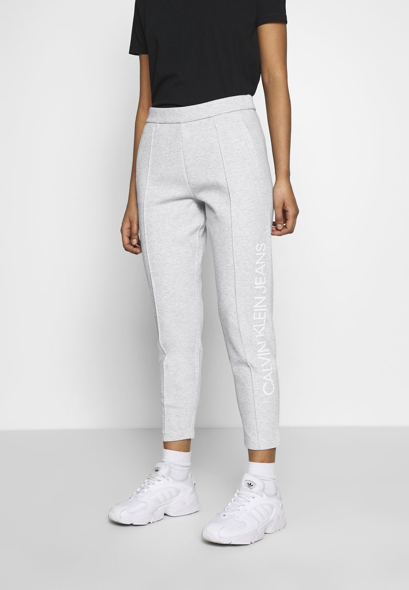 Calvin Klein Jeans - INSTITUTIONAL PANT - Tracksuit bottoms - light grey heather