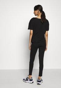 Calvin Klein Jeans - INSTITUTIONAL LOGO - Leggings - black - 2